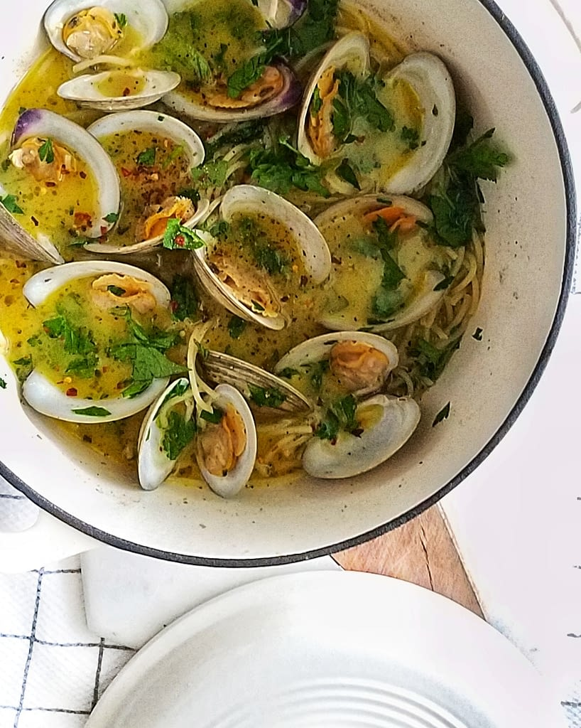 How to make a saucy clam pasta on mandyolive.com